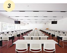 学生の主体的な学びを支援するアクティブラーニング教室【A館1~3F】